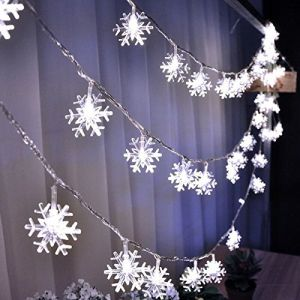 AQV Led String Lights, 16.4ft Snowflakes String Lights Snowflakes Fairy Lights Battery Operated Waterproof Outdoor/Indoor DIY Decoration Christmas Party, Wedding, Garden